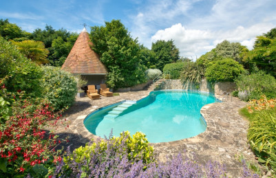 20 great UK cottages with pools